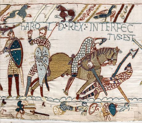 688px-Bayeux_Tapestry_scene57_Harold_death