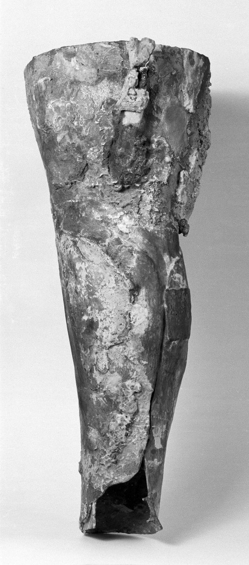 M0012307 Roman artificial leg of bronze.